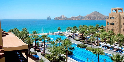 $749 -- Cabo in Summer: 'Riu' 3-Nt. All-Incl. Trip from SF