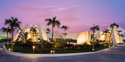 $449 -- Riviera Maya Trip: 4-Star Resort, Air, Meals, Drinks