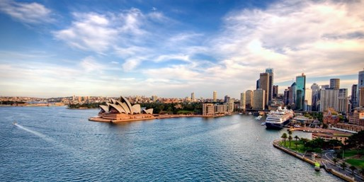 $988-$1098* -- Fly to Australia w/New Zealand Stopover, R/T