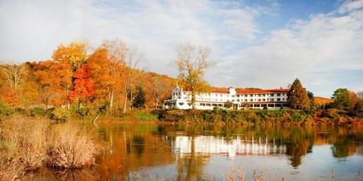 Travelzoo Deal: $89 -- Poconos Riverfront Resort in Fall, Reg. $145