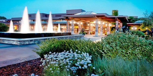 $99-$109 -- Top 5 Wisconsin Resort: Grand Geneva, Up to 55%