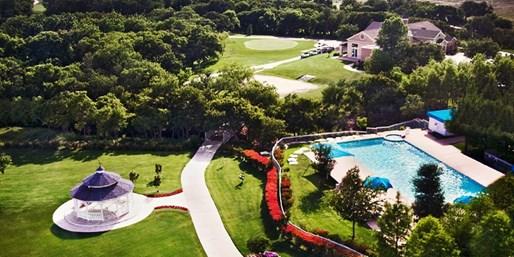 $65 -- Dallas: Golf Resort Stay w/Breakfast incl. July 4th