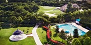 $69 -- Dallas: Golf Resort Stay w/Breakfast, Save 60%