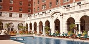 $129 -- Luxurious Chase Park Plaza incl. Weekends, 45% Off