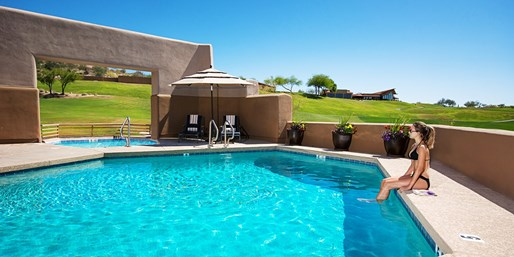 $99 -- Arizona: Inn near Scottsdale w/$100 Spa Credit