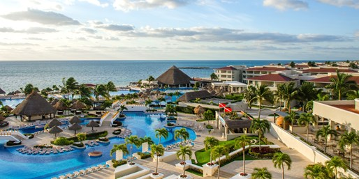£989pp -- All-Inc 5-Star Cancun Holiday w/BA Flts, Save 43%