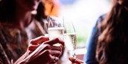 £65pp -- Friday Night Offer: Central Stay w/Dinner & Drinks
