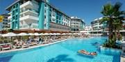 473 € -- Antalya: 5*-All-Inclusive-Woche mit Flug