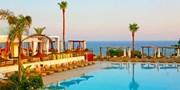 799 € -- Ruhiges 4*-Hotel auf Zypern mit Halbpension & Flug