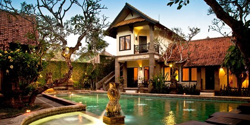 ab 1056 € -- 2 Urlaubswochen auf Bali mit Frühstück & Flug