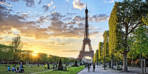 $1079 -- Paris & Barcelona 6-Night Trip w/Air, Save $300