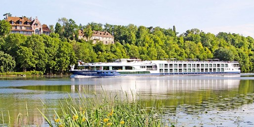 £1119pp -- France: Luxury Summer Cruise inc Tours, Save 48%
