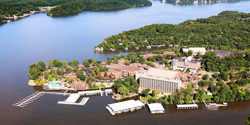 $79-$89 -- Lake of the Ozarks: Upgraded Lake View Room