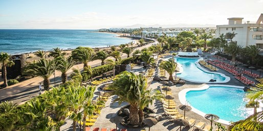£399pp -- Deluxe All-Inclusive Lanzarote Holiday, Save 37%