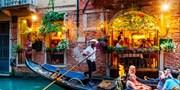 £199pp -- Venice City Break w/Gondola Tour, Dinner & Flights