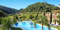 £299pp -- Deluxe Andalucía Holiday w/Meals, fr the Midlands