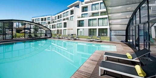 £399pp -- Algarve: Luxury Suite Week w/Meals, fr 21 Airports