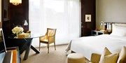 $185 -- 5-Star Berlin Hyatt w/Breakfast & Bubbly, 40% Off