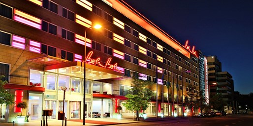 ab 79 € -- Berlin: Hotel am KaDeWe mit Upgrade, -62%