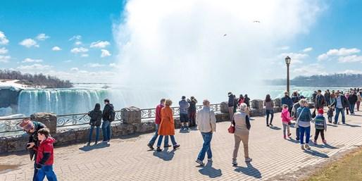 $110-$130 -- Niagara Falls Stay incl. Weekends, Half Off