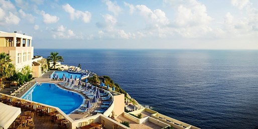 £259pp -- Crete: 5-Star­ All-Inc Escape w/Sea-View Room