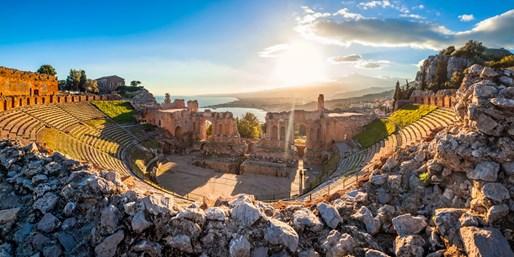 £899pp -- Italy: Naples & Sicily Tour w/Excursions & Meals