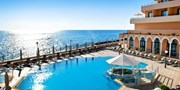 £399pp -- Malta: Luxury Radisson Holiday w/Flights & Meals