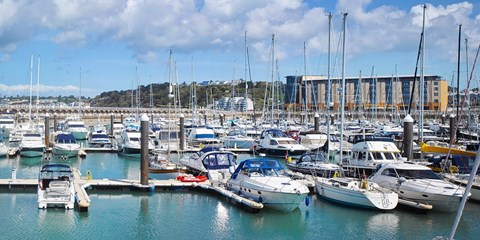 £199pp -- Jersey: Waterfront Radisson Break w/Flts or Ferry