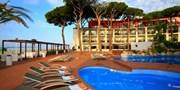ab 273 € -- Spanien: Urlaub im 4*-Strandhotel & HP