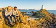 529 € -- Autorundreise in Wales mit Fähre & Hotels, -120 €