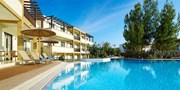 £339pp -- Rhodes 7-Nt All-Inc Spa Break w/Massage, Save 37%