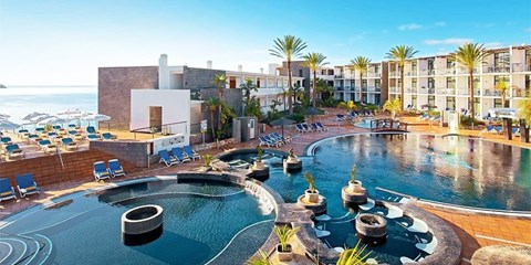 £329pp -- Lanzarote: Deluxe All-Inc Canaries Holiday w/Flts