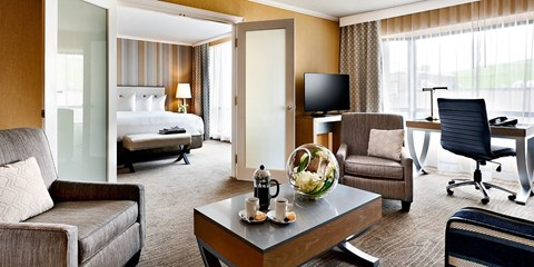 $199 -- Halifax 4-Diamond Suites w/Breakfast, Reg. $359