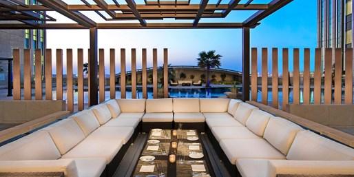 766 € -- Abu Dhabi: Luxusurlaub im Sofitel mit Flug, -370 €