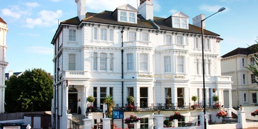 £79 -- Eastbourne: Victorian Hotel Stay inc Dinner, 63% Off
