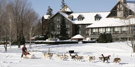 $145 -- 'Grand' Fairmont Stay on Ottawa River, w/$90 Credits