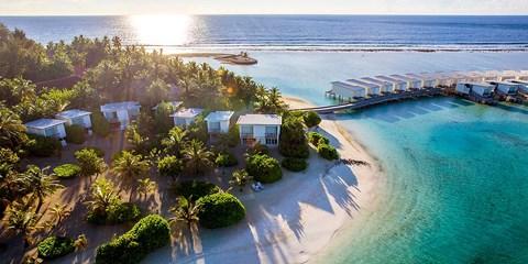 $8,099 起 -- 省逾二千 馬爾代夫 4 晚套票 歎私人兩層沙灘屋 連接駁