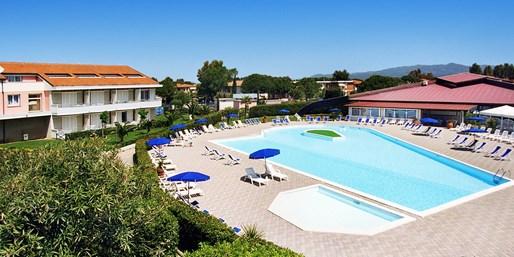 399 € -- Toskana-Woche nah am Strand mit Halbpension, -48%