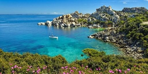 ab 468 € -- Sardinien: Sonnen-Auszeit im 4*-Hotel & Frühst.