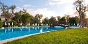 ab 383 € -- 4*-Urlaub auf Korfu mit Halbpension & Flug