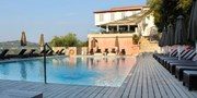 ab 369 € -- Sonnenauszeit auf Korfu: 1 Woche mit Meerblick