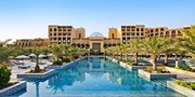ab 926 € -- V.A. Emirate, 5*-Hotel: 2 Wochen Sonne & Strand