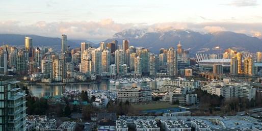 $89 -- Downtown Vancouver Stay w/Breakfast, Reg. $133