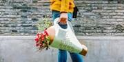 """【会员福利 母亲节礼物】对妈妈的""""爱""""不好意思大声说?为你定制「花语」 用一束花来表达!"""