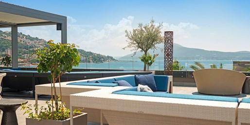 £329pp -- 7-Nt Deluxe Montenegro Holiday w/Meals & Flights