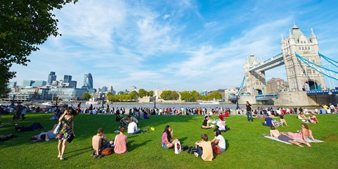 $908 & up -- Return Flights to London from 3 Cities