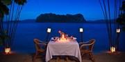 ¥283,800 -- 秘境エルニドツアー 水上コテージ泊×無人島ディナー含む10食&スパ付