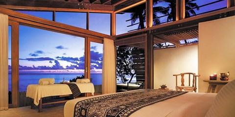 $1120 & up -- 5-Star Fiji Holiday w/Flights, Save up to $503