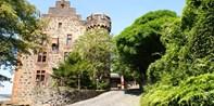 111 € -- Romantische Burg-Auszeit in Hessen mit Menü, -40%