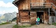 ab 1422 € -- 1 Woche Reitferien im Familiendorf Serfaus